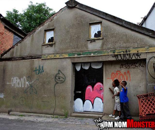 om-nom-nom-house