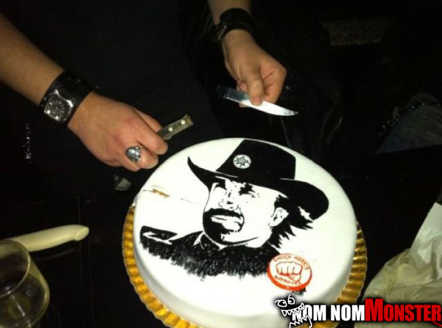 chuck-norris-cake